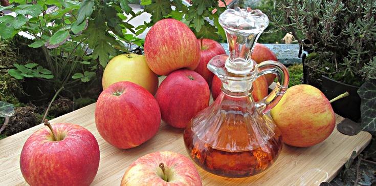 Jabłka, jabłka, tylko polskie jabłka dają zdrowie, siłę i urodę!!! - zdjęcie