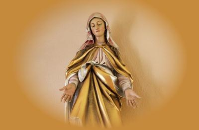 Piękna Modlitwa uzdrowienia zranień z przeszłości i oddanie się Trójcy Świętej przez Ręce Maryi
