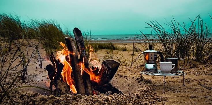 Nie chcesz mandatu za ognisko na plaży? PRZECZYTAJ! - zdjęcie