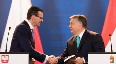,,Le Monde'': Polska i Węgry grają va banque - miniaturka