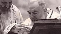 Diabeł zostawił go w kałuży krwi… wstrząsająca historia walki św. o. Pio z szatanem! - miniaturka