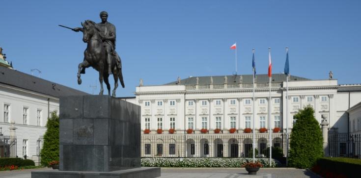 Stefan W. chciał się wedrzeć na teren Pałacu Prezydenckiego? Służba Ochrony Państwa dementuje - zdjęcie