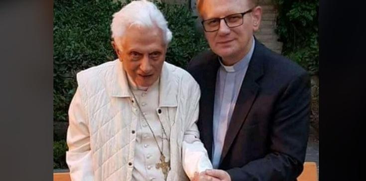 Apel o modlitwę w intencji Benedykta XVI - zdjęcie
