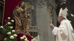 Papież zawierza Maryi Rzym, Włochy i cały świat - miniaturka