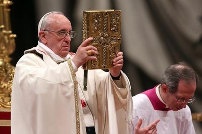 Papież o prześladowaniach chrześcijan przez islamistów