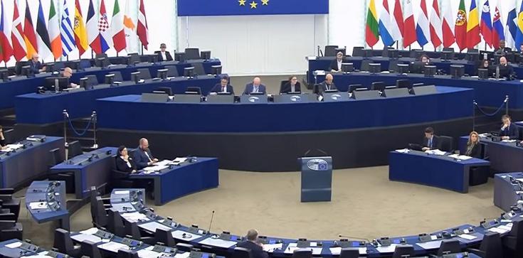 PE próbuje grillować Polskę. Uchwala o aborcji - zdjęcie