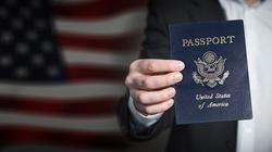 USA. Niemieckie firmy sparaliżowane przez blokadę wizową - miniaturka