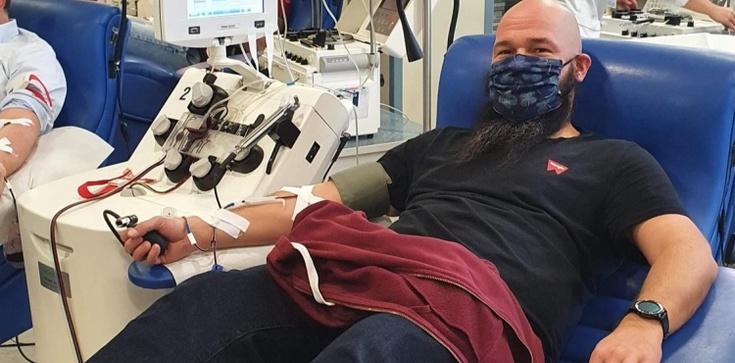 Paulini z Jasnej Góry oddają osocze, aby wspomóc walkę z epidemią - zdjęcie