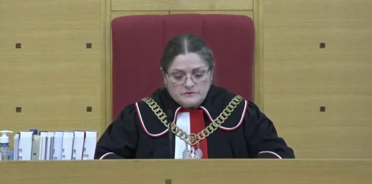 Posiedzenie TK ws. zabezpieczeń TSUE. Sędzia Pawłowicz ogłosiła przerwę do 13 maja - zdjęcie