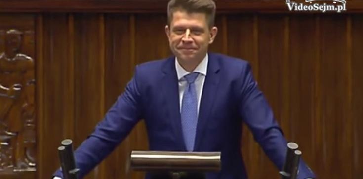To nie koniec hucpy? Petru: 'Nie dopuścimy do rozpoczęcia 34. posiedzenia Sejmu, jeśli...' - zdjęcie