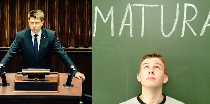 Petru trzyma kciuki za maturzystów. Nie bierzcie z niego przykładu, bo nie zdacie matury!  - zdjęcie