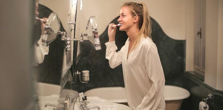 Higiena jamy ustnej i jej wpływ na zdrowie - zdjęcie