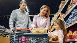 Mniejsze wydatki na zakupy i większe oszczędności - jak to osiągnąć? - miniaturka