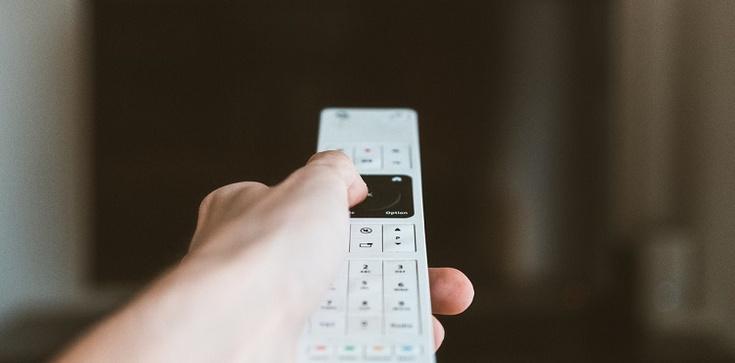 Seriale zagraniczne i polskie – co warto zobaczyć? - zdjęcie