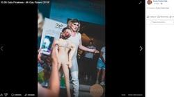 Homoseksualny ''artysta'' podcinał gardło kukle z wizerunkiem abp. Marka Jędraszewskiego - miniaturka