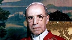 Stereotyp ,,papieża Niemców'' i ,,papieża Żydów'' obalony! Historycy zbadali odtajnione archiwa dot. Piusa XII - miniaturka