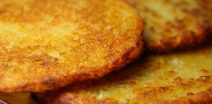 U nas dziś na podwieczorek placki kartoflane z cukrem - zdjęcie