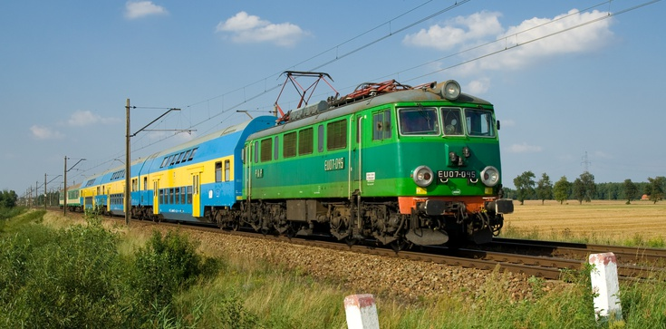 Pociąg odjechał po tym, jak maszynista wysiadł - zdjęcie