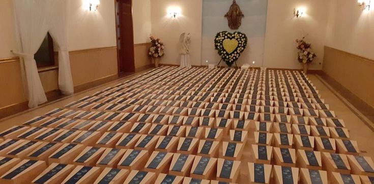 Otwock. Pochowano godnie 640 abortowanych dzieci - zdjęcie