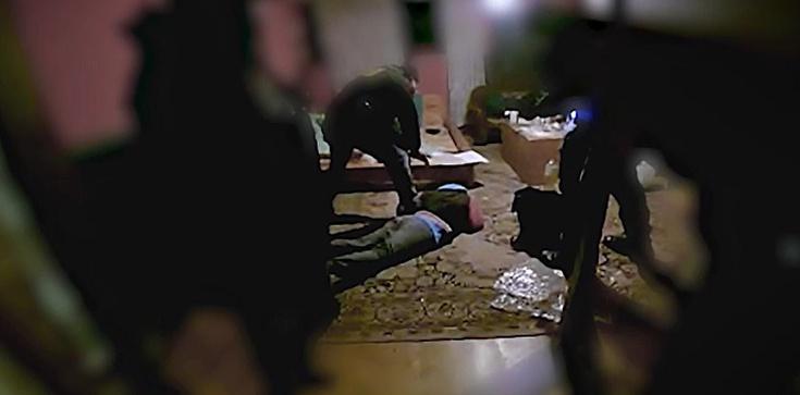 Śląsk. Policja zlikwidowała 2 ,,laboratoria'' metamfetaminy - zdjęcie