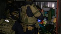 Cela plus. 26 osób odpowie za wprowadzenie do obrotu 700 kg narkotyków - miniaturka