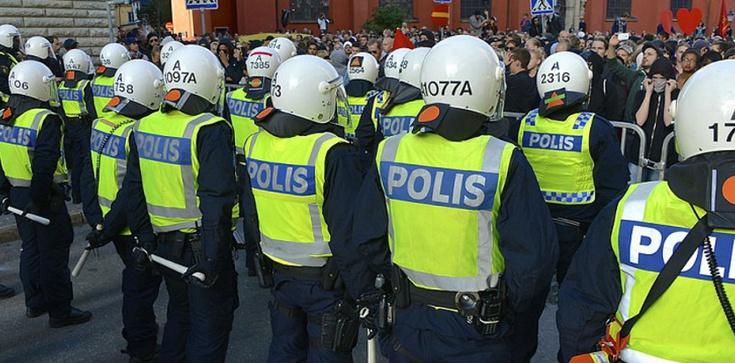 Szwedzka policja nie ma już siły. Funkcjonariusze opuszczają swój zawód! - zdjęcie
