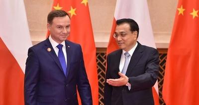 Rak: Duda wie, co robi. Dzięki Chinom uwolni Polskę od dyktatu Berlina i Moskwy