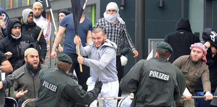Straż Miejska, Pożarna i Policja gotowe na wojny uchodźców? - zdjęcie