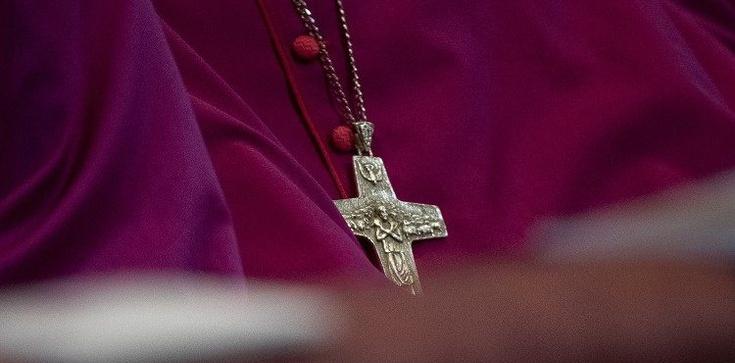 Watykan ,,sprzedał'' chińskich wiernych? Bp Guo ustępuje  - zdjęcie