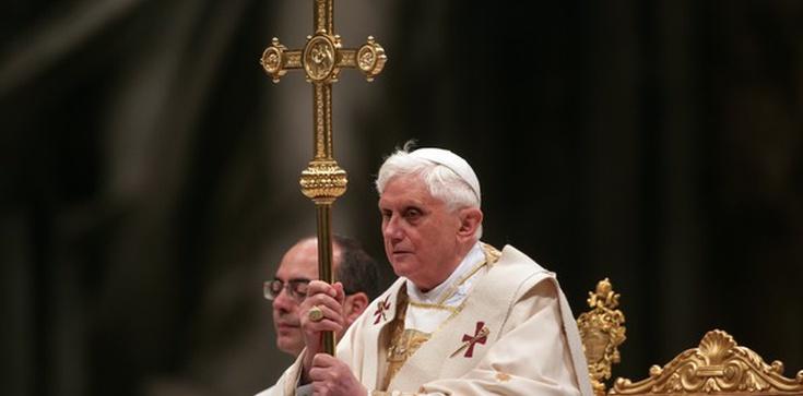 Benedykt XVI: Bóg lekarstwem na dyktaturę relatywizmu - zdjęcie