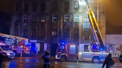 Tragiczny pożar kamienicy w Łodzi. Nie żyje jedna osoba - miniaturka