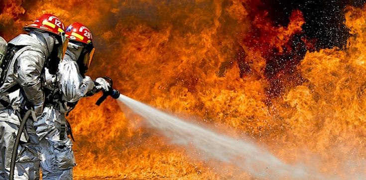 Pożar polskiego Katolickiego Kościoła Narodowego w USA ma związek z protestami dot. procesu Chauvina? - zdjęcie