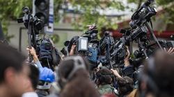 Naciski na dziennikarzy, żeby przesunąć wybory - miniaturka