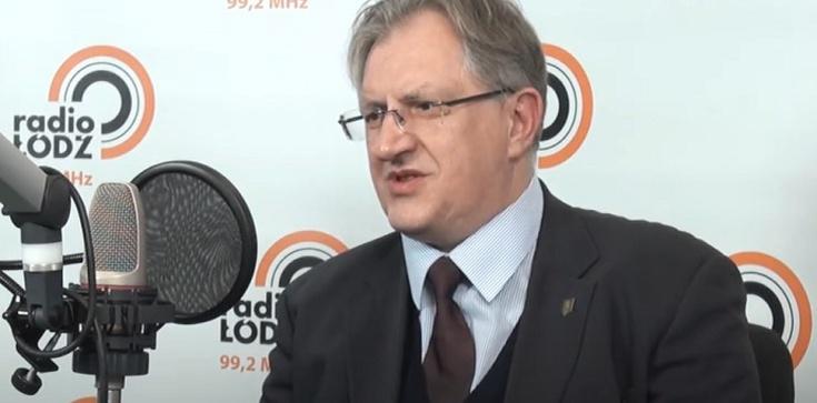 Prof. Jacek Reginia-Zacharski dla Frondy: Odruch serca dla migrantów to jedno. Prawo międzynarodowe to drugie. - zdjęcie