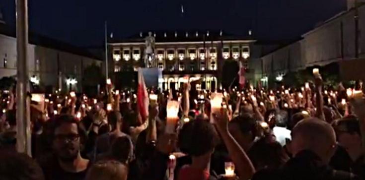 Amnesty International: Masowe represje w Polsce, przeciwnicy polityczni władzy traktowani jak przestępcy - zdjęcie