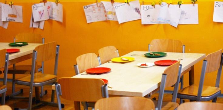 Nieoficjalnie: Przedszkola i żłobki zamknięte na dłużej - zdjęcie
