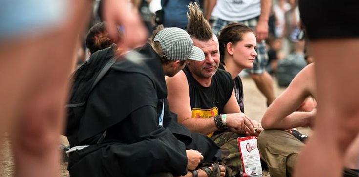 Wystartował ''Przystanek Jezus''! Ewangelizatorzy ruszyli w tłum Woodstockowiczów - zdjęcie