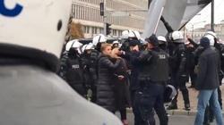 Scheuring - Wielgus wyprowadzona przez policję - miniaturka