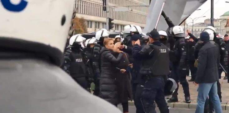 Scheuring - Wielgus wyprowadzona przez policję - zdjęcie