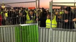 Francja- DE-MO-KRA-CJA! 'Protest żółtych kamizelek'. Nie żyje kobieta - miniaturka