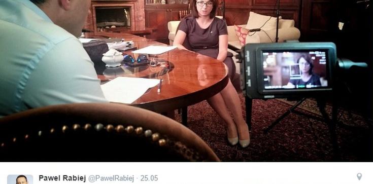 Powstaje film dokumentalny o... Nowoczesnej! KTO TO FINANSUJE?! - zdjęcie