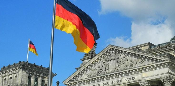 Głosowanie korespondencyjne ,,demokratyczne'' tylko w Niemczech - zdjęcie