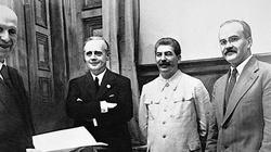 Pakt Ribbentrop-Mołotow. 81 lat temu zatwierdzono IV rozbiór Polski - miniaturka