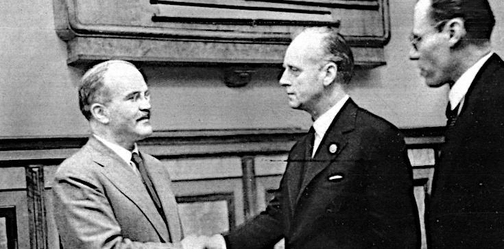 Pakt Ribbentrop-Mołotow i kolejne kłamstwa Kremla. Jest odpowiedź polskiego MSZ - zdjęcie