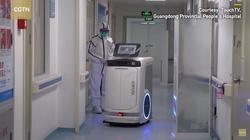 Koronawirus. Roboty 5G i leczenie chorych w Wuhan - miniaturka