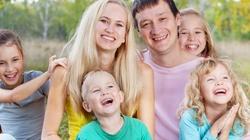 Rodzice co najmniej czwórki dzieci nie zapłacą podatku PIT - miniaturka