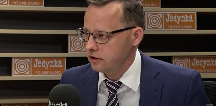 Romanowski: Nie ma zgody na ideologizację polskich dzieci w duchu lobby LGBT+ - zdjęcie