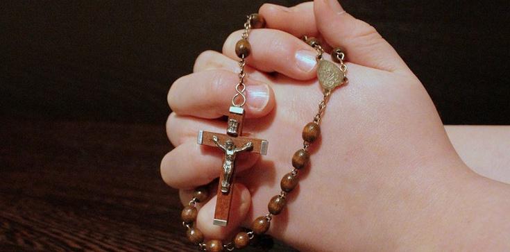 Modląc się, nie bądźcie gadatliwi jak poganie - zdjęcie