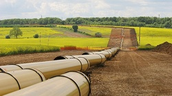 Bloomberg: Gaz ziemny tanio sprzedam, lub chwilowo za darmo - miniaturka