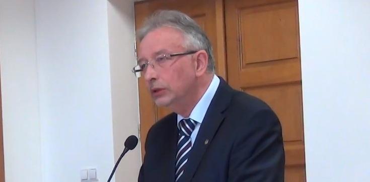 Popierany niegdyś przez PO były prezydent Tarnowa idzie za kratki - zdjęcie